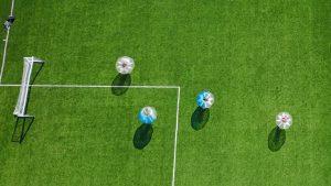 Bubbel voetbal bedrijfsuitje