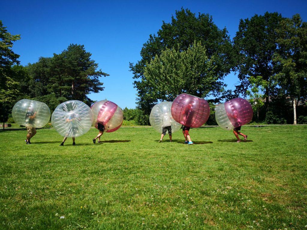 Bubbel voetbal school